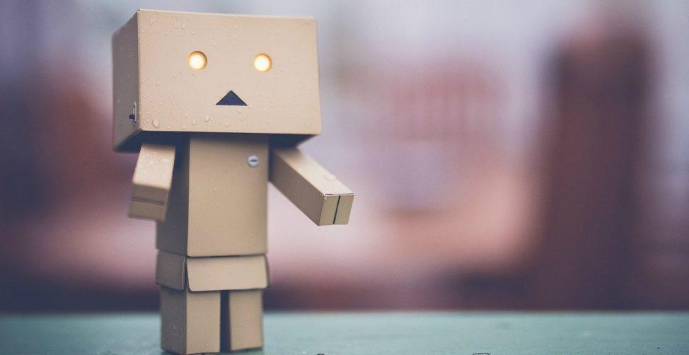 Mensen krijgen steeds meer vertrouwen in digitale klantenservicemedewerker en robotadviseurs. LiveChat Service ontwikkelt combinatie van mens en chatbot.